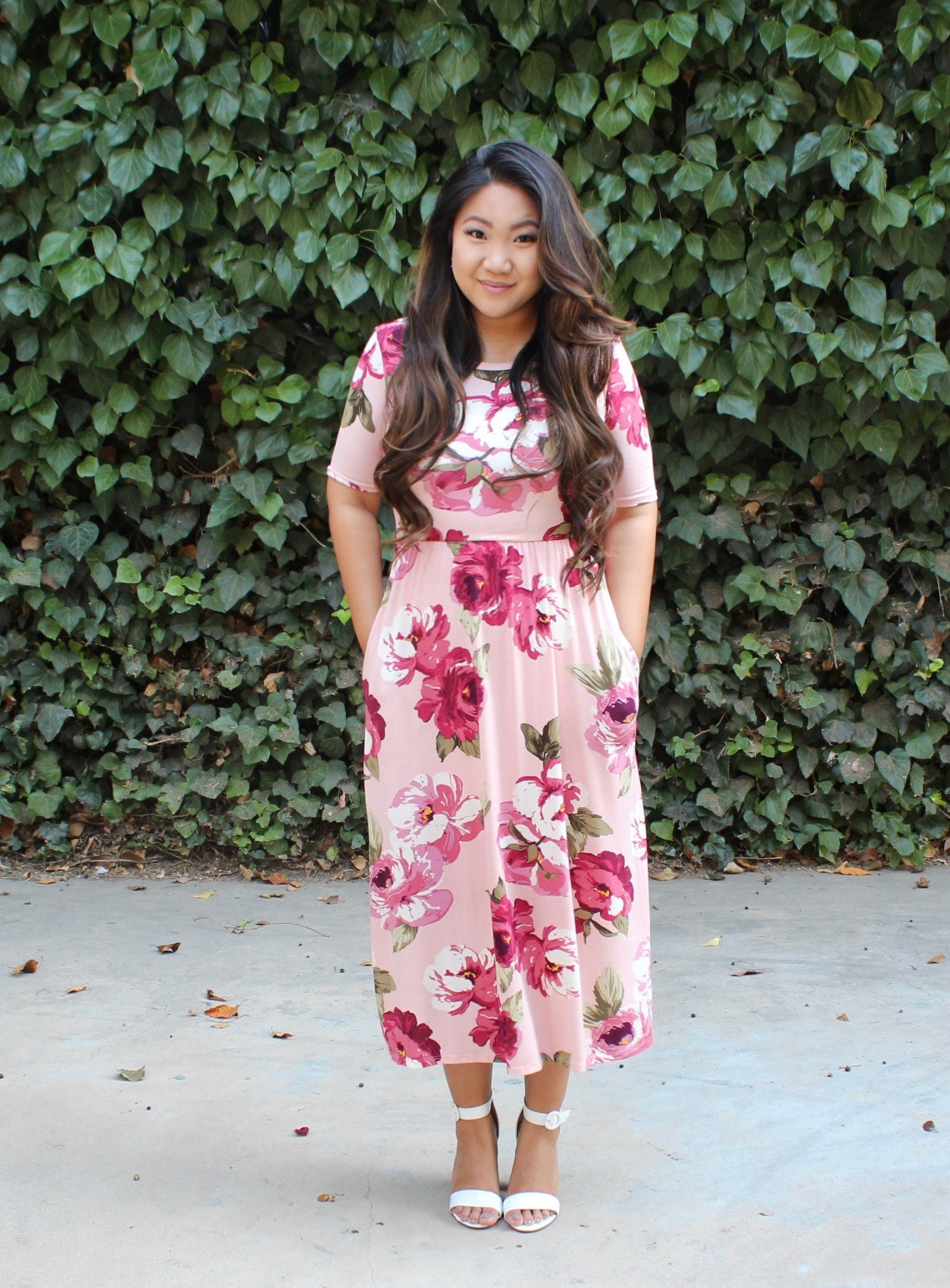 PINK FLORAL SHORT SLEEVE MIDI DRESS