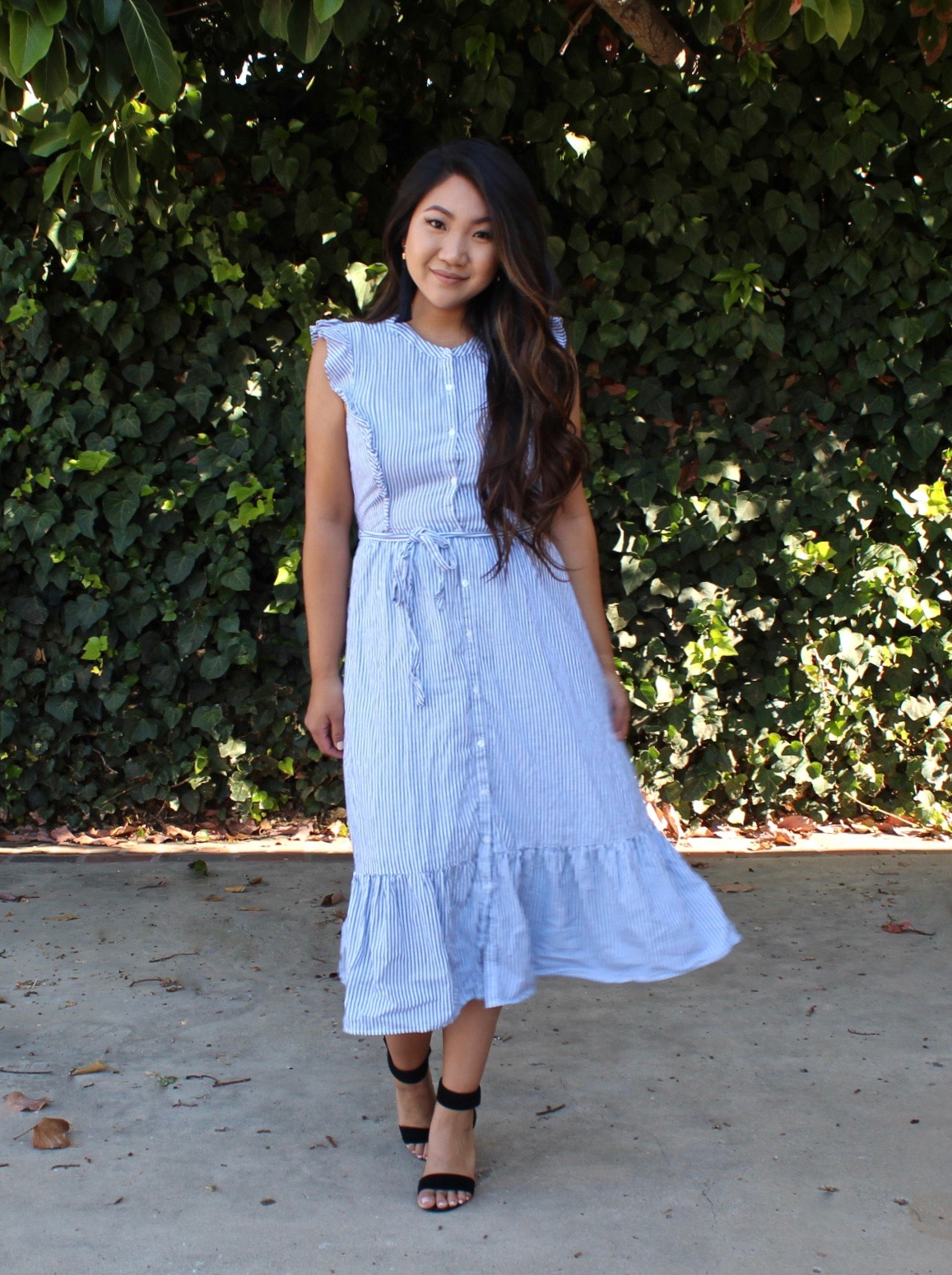 Old Navy Ruffle Sleeve Midi Dress